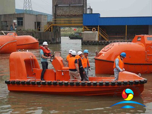 13 Persons SOLAS Fast Rescue Boat With Single Arm Type Davit