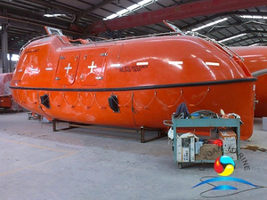 F.R.P SOLAS 130 Person Marine Totally Enclosed Fire-resistant Lifeboat