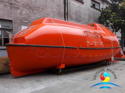Cargo Version Common Type Totally Enclosed Lifeboat Solas Approved With Davit
